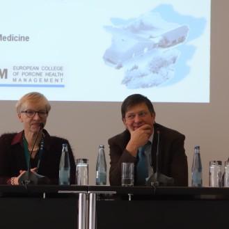 Skepsis auf dem Podium der Ethik-Diskussion: Dr. Inge Böhne (bpt), Prof. Peter Kunzmann (Tiho) und Prof. Thomas Blaha (TVT/BTK).