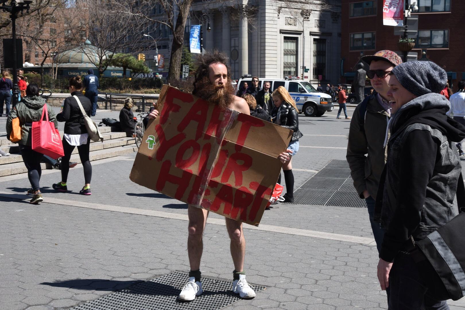 keine-parade-ohne-gegendemonstrant