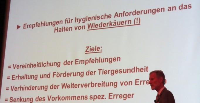Hält eine Hygieneverordnung für Wiederkäuer für nötig – Prof. Dr. Hans-Joachim Bätza.