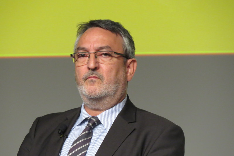 Stellte sich auch kritischen Tierarztfragen – Ministerialdirektor Bernhard Kühnle, Abteilungsleiter im Bundslandwirtschaftsministerium. (Foto: © WiSiTiA/aw)