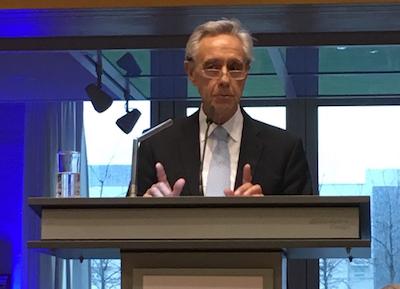 """""""Es wird ernst"""" – deutsche Honorarordnungen wackeln, sagt der Präsident des Bundesverbandes der Freien Berufe (BFB), Dr. Horst Vinken. (Foto: ©WiSiTiA/jh)"""