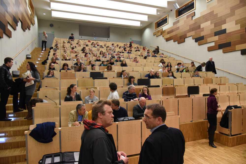 im-bayer-hrsaal-der-kleintierklinik-78-anmeldungen-ber-100-teilnehmer