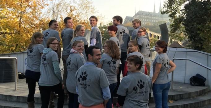 """""""Arbeitstier"""" - mit einem T-shirt-Aufdruck machte der bvvd beim Tierärztetag in Bamberg auf die Arbeitsbedingungen junger Tierärzte aufmerksam. (Foto: ©bvvd)"""